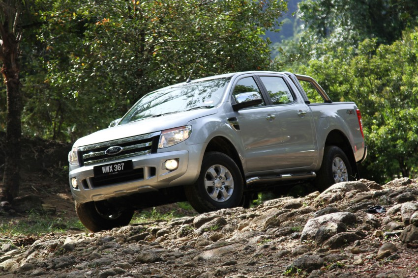TESTED: Ford Ranger XLT 2.2 Manual driven in all jungles – the concrete one and the green-muddy one Image #116842
