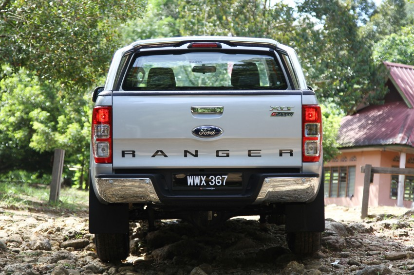 TESTED: Ford Ranger XLT 2.2 Manual driven in all jungles – the concrete one and the green-muddy one Image #116844