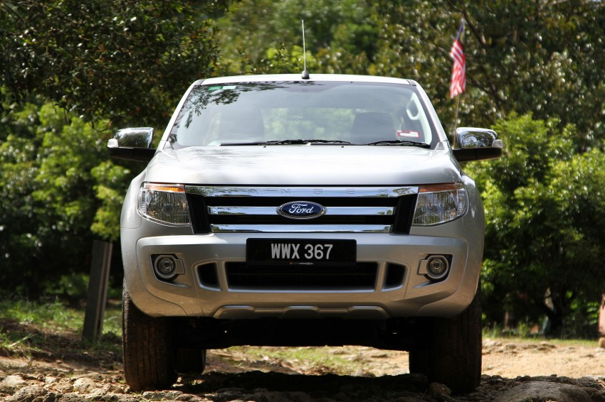 TESTED: Ford Ranger XLT 2.2 Manual driven in all jungles – the concrete one and the green-muddy one Image #116846