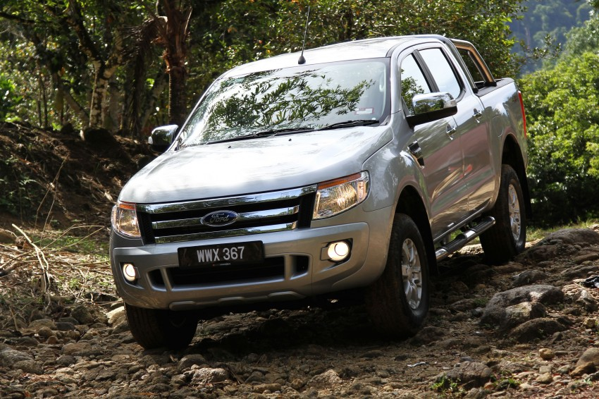 TESTED: Ford Ranger XLT 2.2 Manual driven in all jungles – the concrete one and the green-muddy one Image #116848