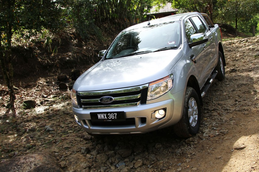 TESTED: Ford Ranger XLT 2.2 Manual driven in all jungles – the concrete one and the green-muddy one Image #116849