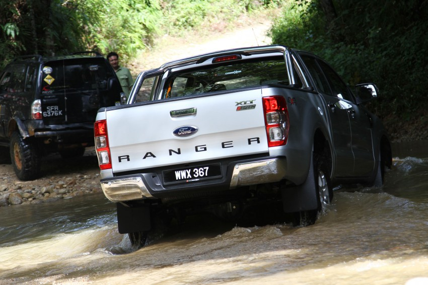 TESTED: Ford Ranger XLT 2.2 Manual driven in all jungles – the concrete one and the green-muddy one Image #116826