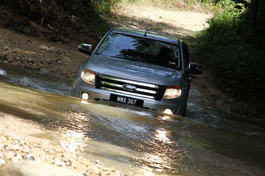 TESTED: Ford Ranger XLT 2.2 Manual driven in all jungles – the concrete one and the green-muddy one Image #116834