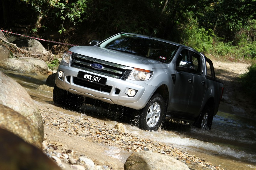 TESTED: Ford Ranger XLT 2.2 Manual driven in all jungles – the concrete one and the green-muddy one Image #116840
