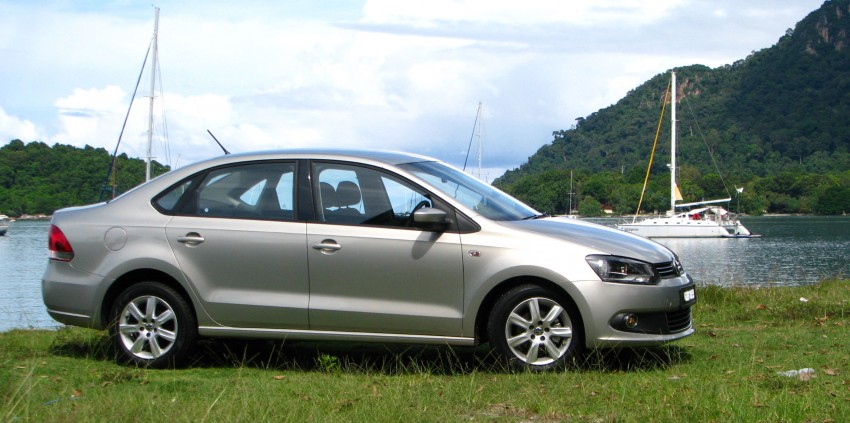 DRIVEN: Volkswagen Polo Sedan 1.6 tested! Image #103879