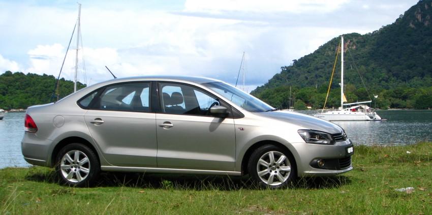 DRIVEN: Volkswagen Polo Sedan 1.6 tested! Image #103879