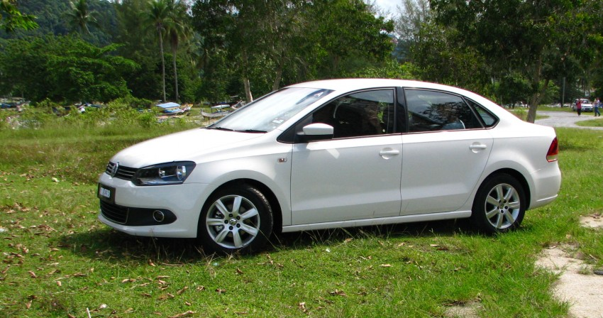 DRIVEN: Volkswagen Polo Sedan 1.6 tested! Image #103887