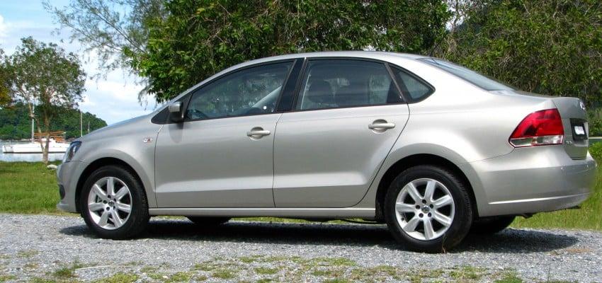 DRIVEN: Volkswagen Polo Sedan 1.6 tested! Image #103888