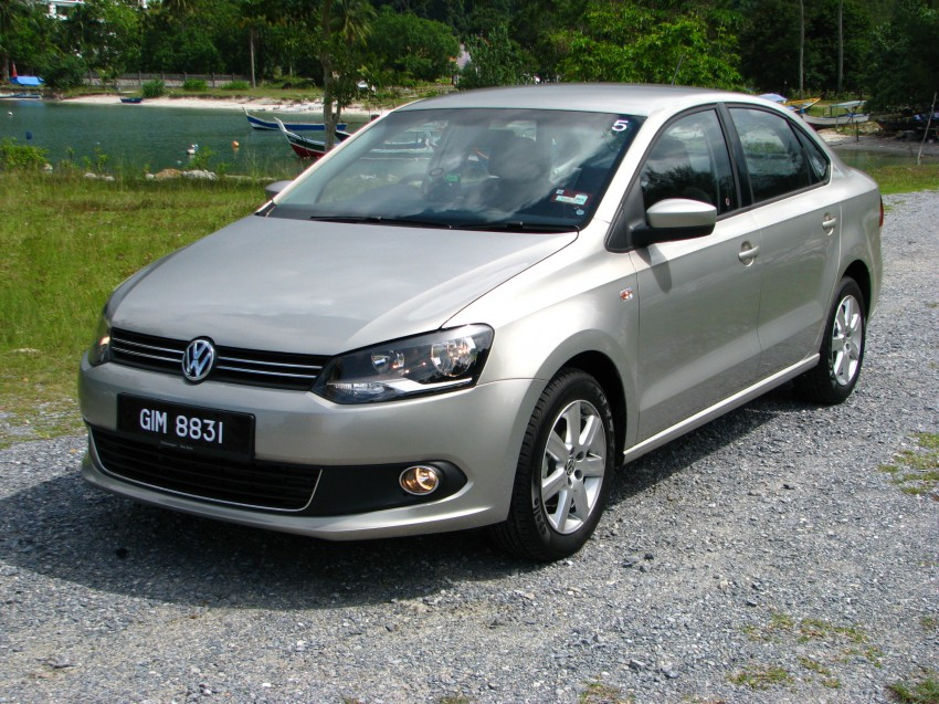 DRIVEN: Volkswagen Polo Sedan 1.6 tested! Image #103892