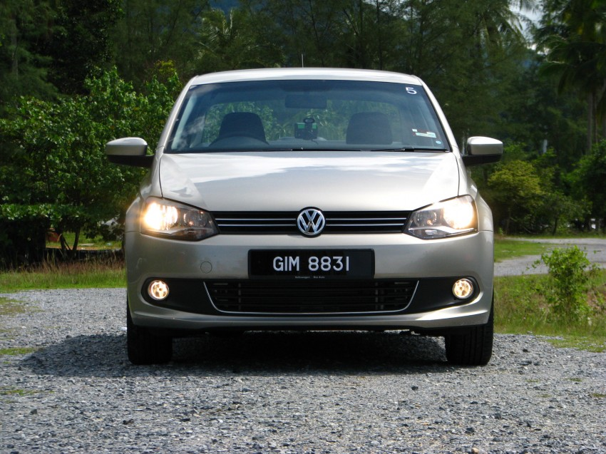 DRIVEN: Volkswagen Polo Sedan 1.6 tested! Image #103893