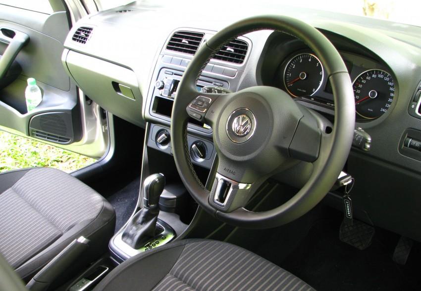 DRIVEN: Volkswagen Polo Sedan 1.6 tested! Image #103909