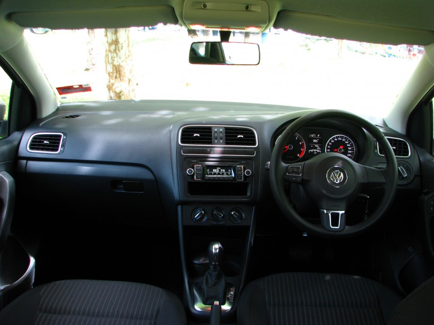 DRIVEN: Volkswagen Polo Sedan 1.6 tested! Image #103912