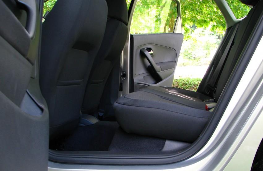 DRIVEN: Volkswagen Polo Sedan 1.6 tested! Image #103913