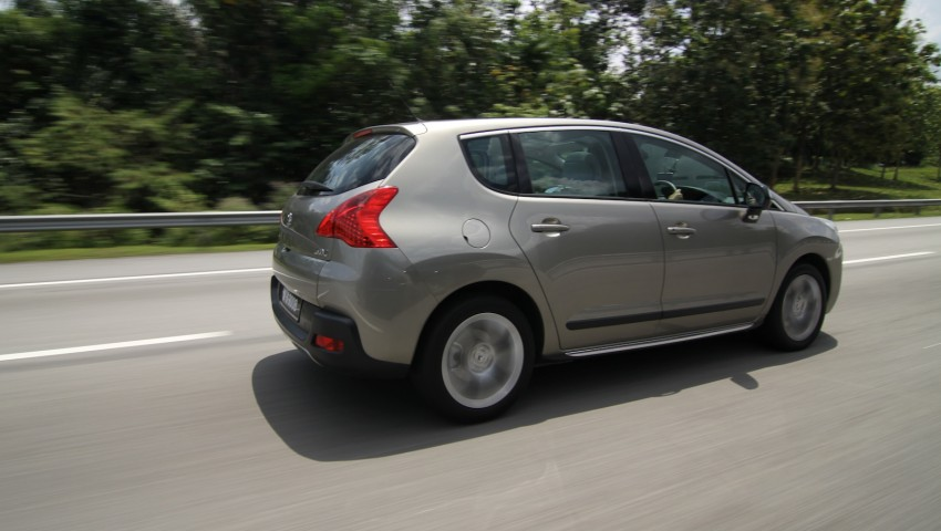 SUV shootout: Mitsubishi ASX vs Nissan X-Trail vs Honda CR-V vs Hyundai Tucson vs Peugeot 3008! Image #154294
