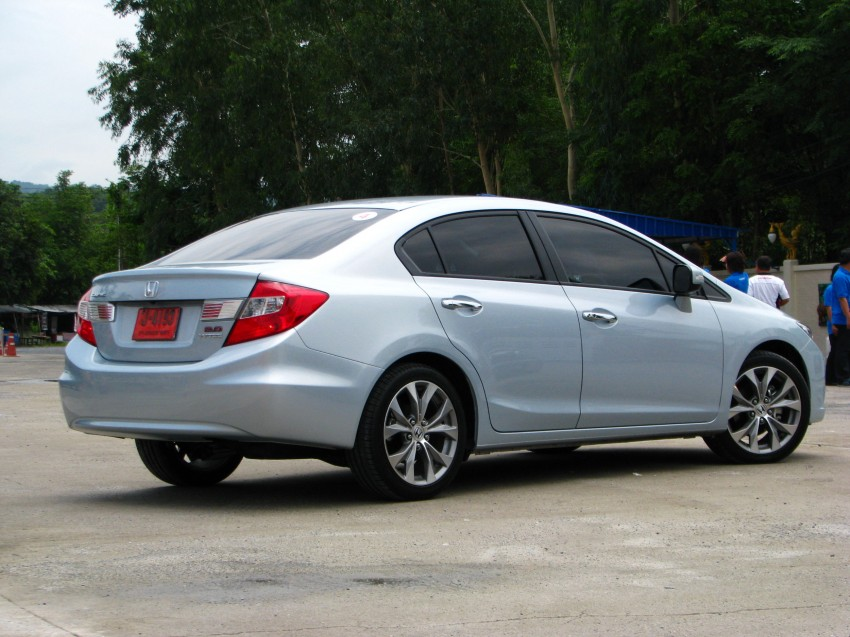 DRIVEN: 2012 Honda Civic FB (9th Gen) previewed in Thailand – not pretty, but handles brilliantly! Image #114550