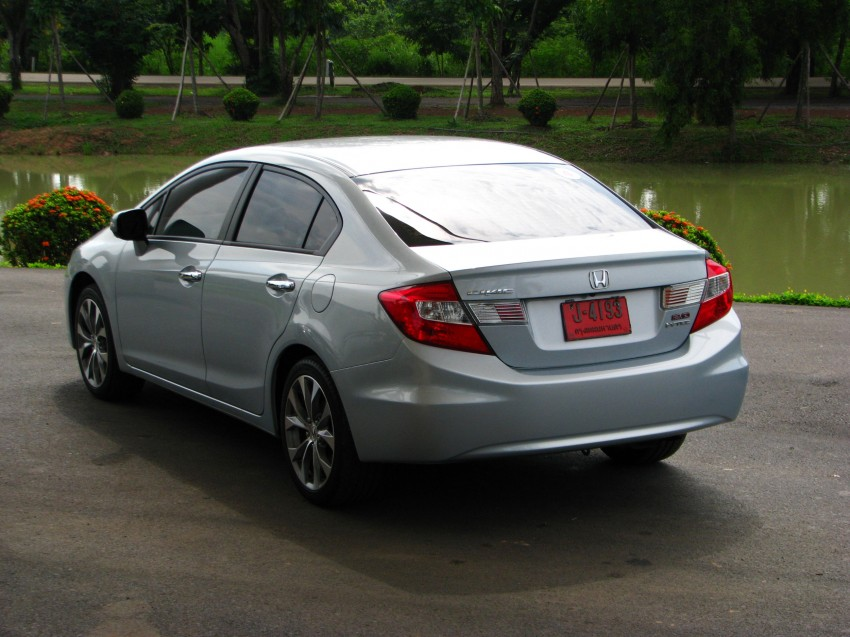 DRIVEN: 2012 Honda Civic FB (9th Gen) previewed in Thailand – not pretty, but handles brilliantly! Image #114554