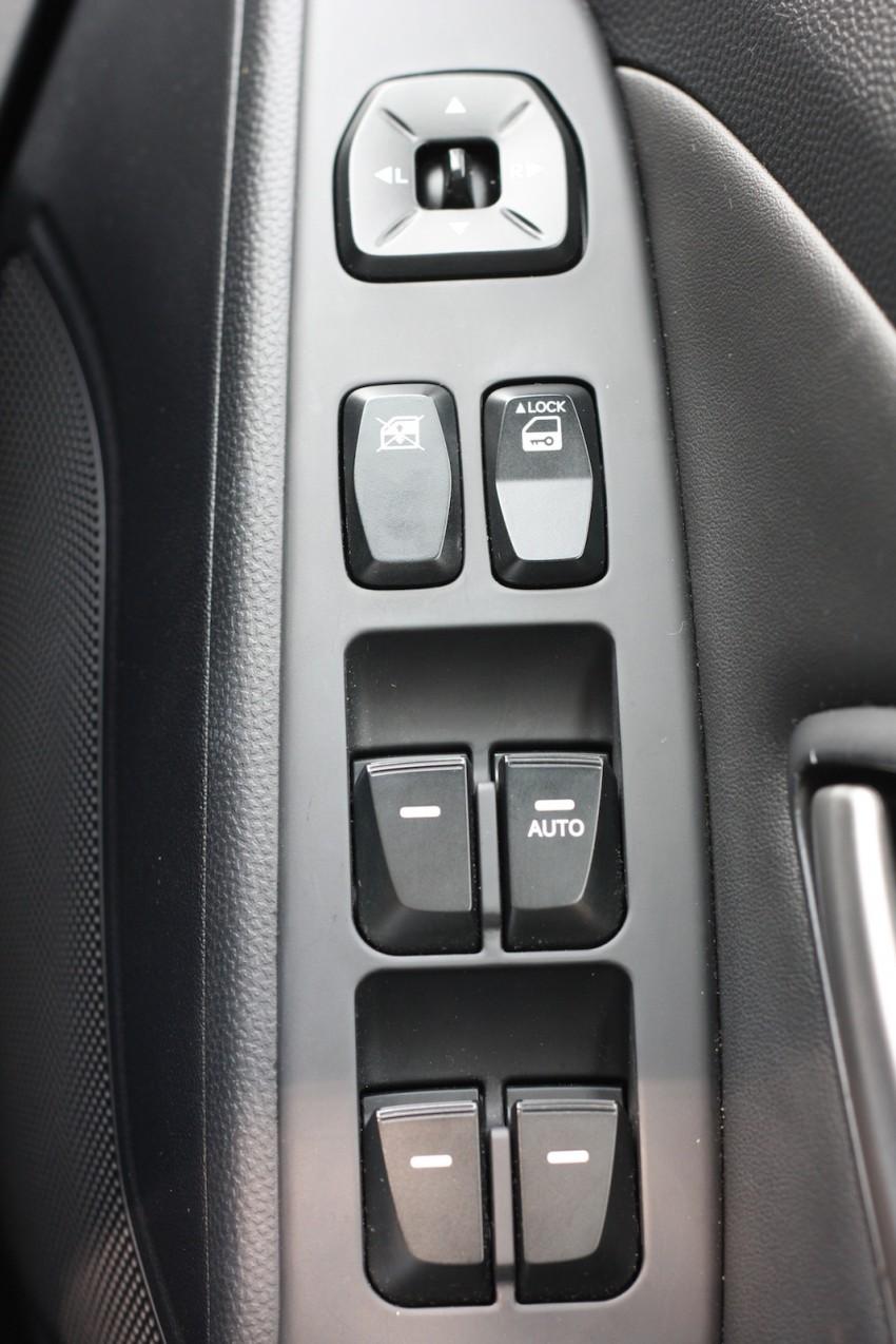 SUV shootout: Mitsubishi ASX vs Nissan X-Trail vs Honda CR-V vs Hyundai Tucson vs Peugeot 3008! Image #80720