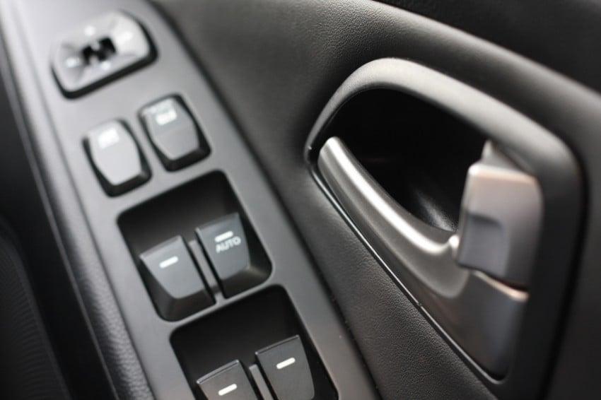 SUV shootout: Mitsubishi ASX vs Nissan X-Trail vs Honda CR-V vs Hyundai Tucson vs Peugeot 3008! Image #154341