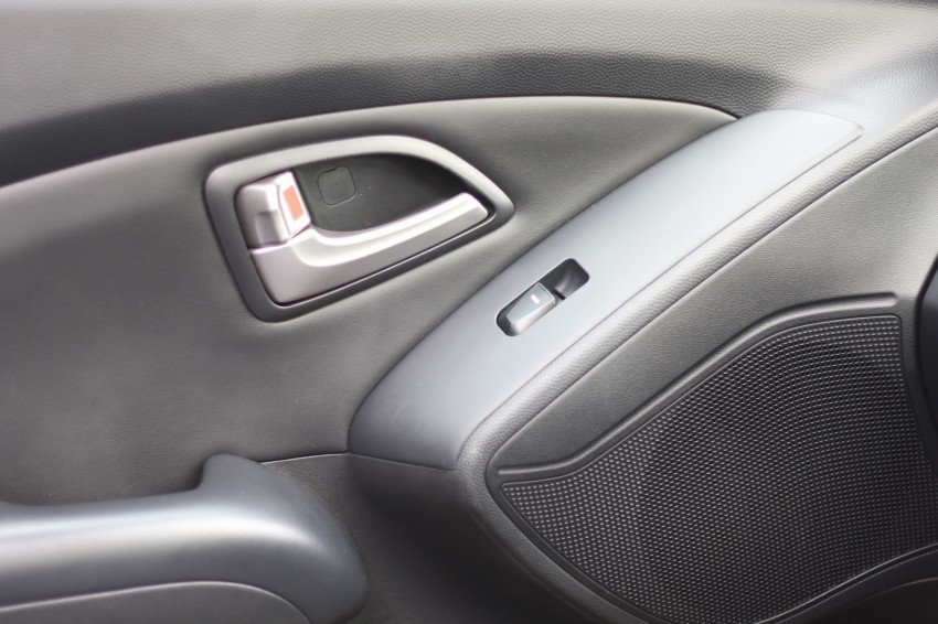 SUV shootout: Mitsubishi ASX vs Nissan X-Trail vs Honda CR-V vs Hyundai Tucson vs Peugeot 3008! Image #154344