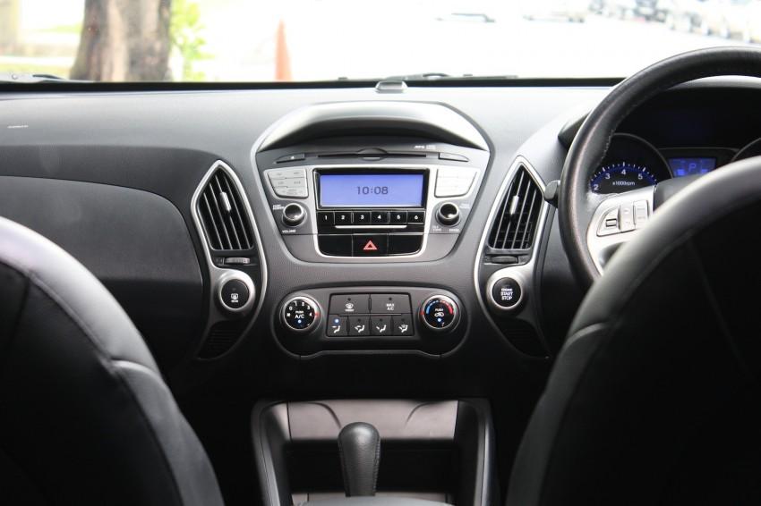 SUV shootout: Mitsubishi ASX vs Nissan X-Trail vs Honda CR-V vs Hyundai Tucson vs Peugeot 3008! Image #154324