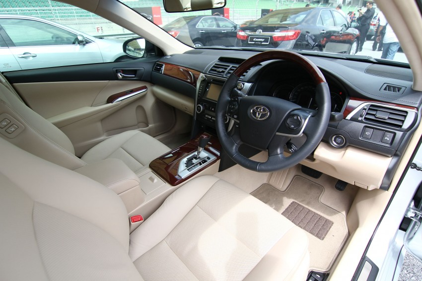 Toyota Camry XV50 launched – RM150k to RM181k Image #109841