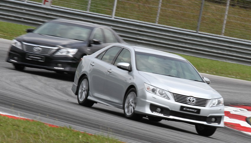 Toyota Camry XV50 – a brief test session at the SIC Image #109977