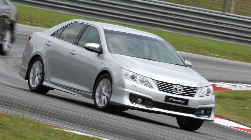 Toyota Camry XV50 – a brief test session at the SIC Image #109978