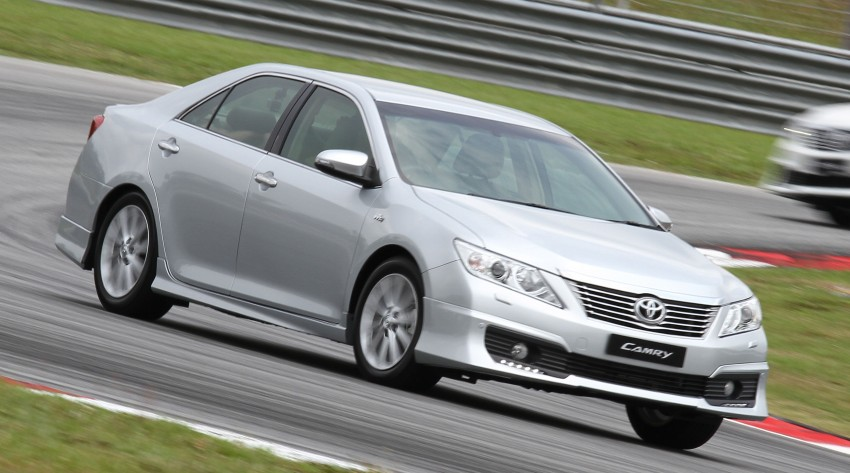 Toyota Camry XV50 – a brief test session at the SIC Image #109979
