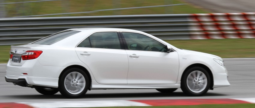 Toyota Camry XV50 – a brief test session at the SIC Image #109983