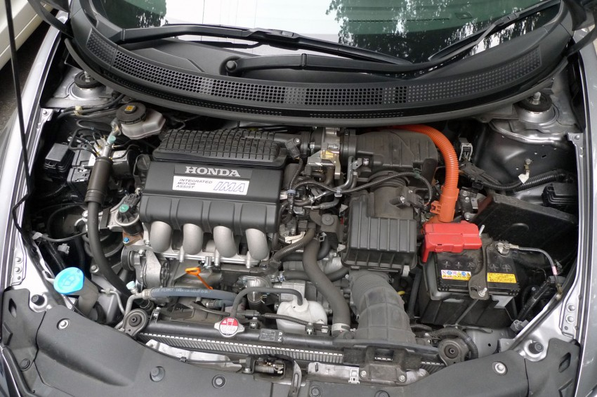 TESTED: Honda CR-Z Hybrid, both Manual and CVT driven in Malaysia and Japan Image #115579