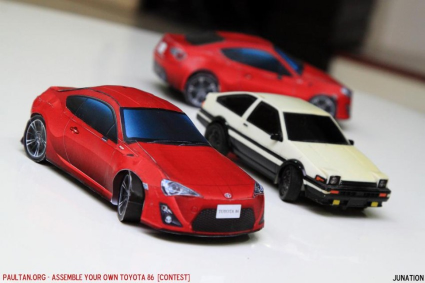 Toyota 86 assembled. Photo taken. Prize will be won. Image #104266