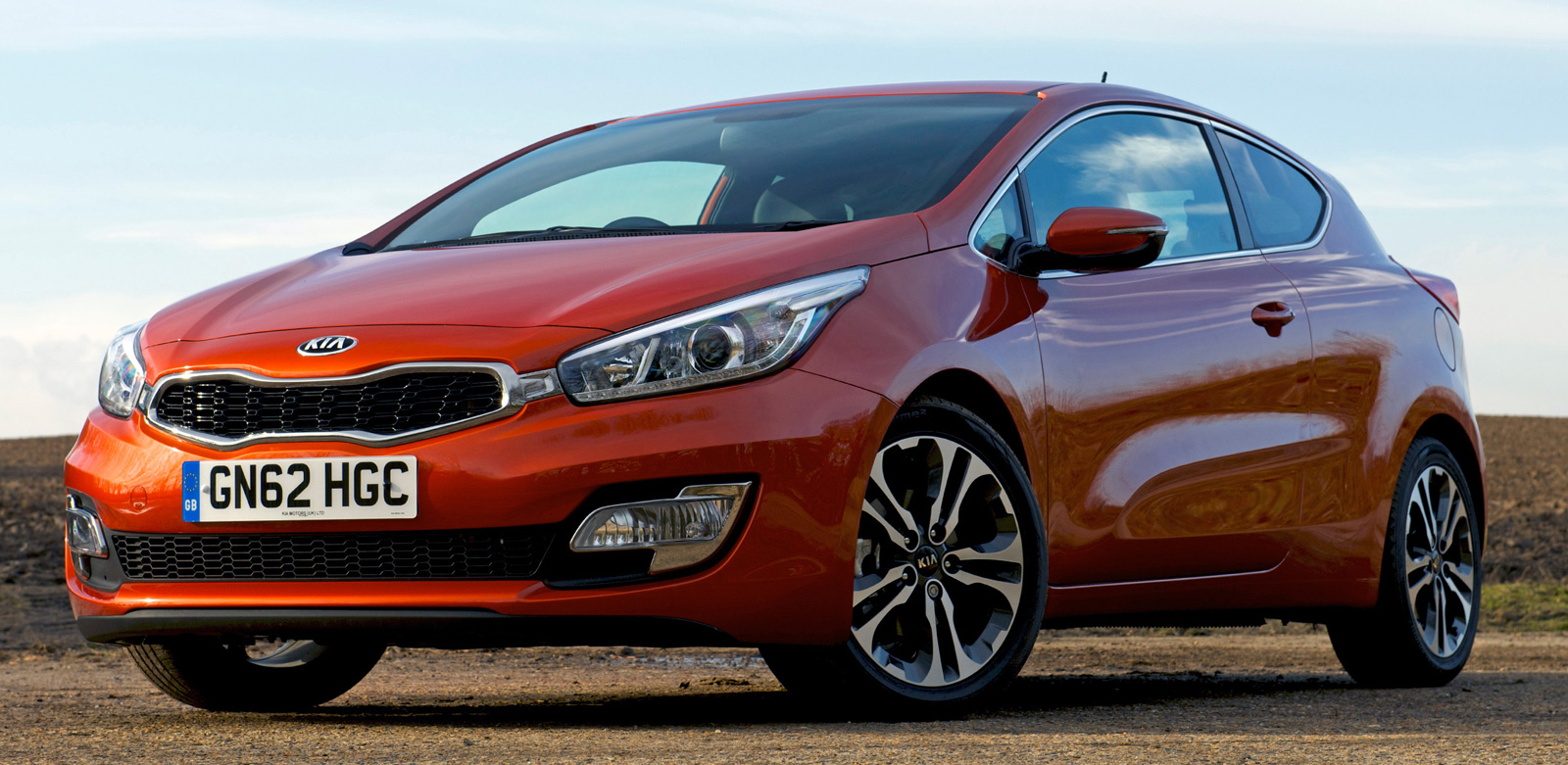 Kia Reveals Full Details And Specs For New Pro Cee D Paul