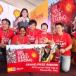 (L-R) Grand Prize winners Mohd Arif Shobri Awang, Neela Muniandy, Tan Boon Seong, Soe Toong Fatt and Chin Choon Fui with Shell Helix Brand Manager Yu Li-Ching
