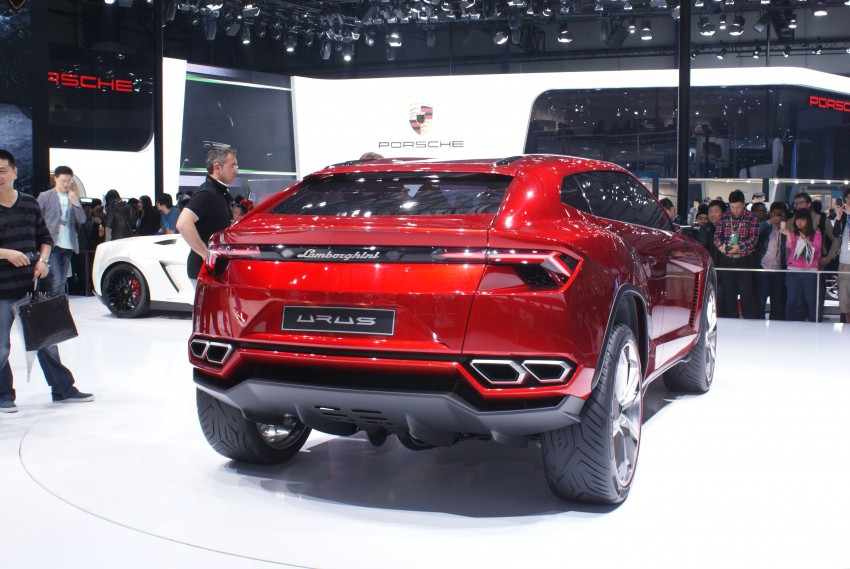 Lambo Urus concept SUV makes world debut in Beijing Image #103232