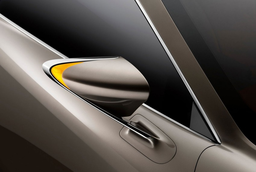 VIDEO: Lexus LF-CC Concept, a glimpse of the new IS Image #134182