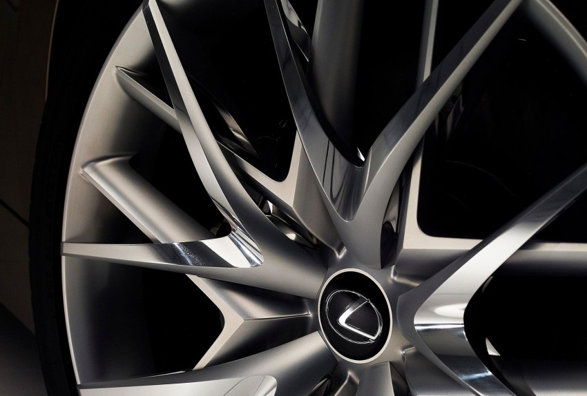 VIDEO: Lexus LF-CC Concept, a glimpse of the new IS Image #134188