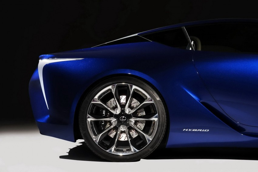 Lexus LF-LC Blue Concept looking great in Sydney Image #136809