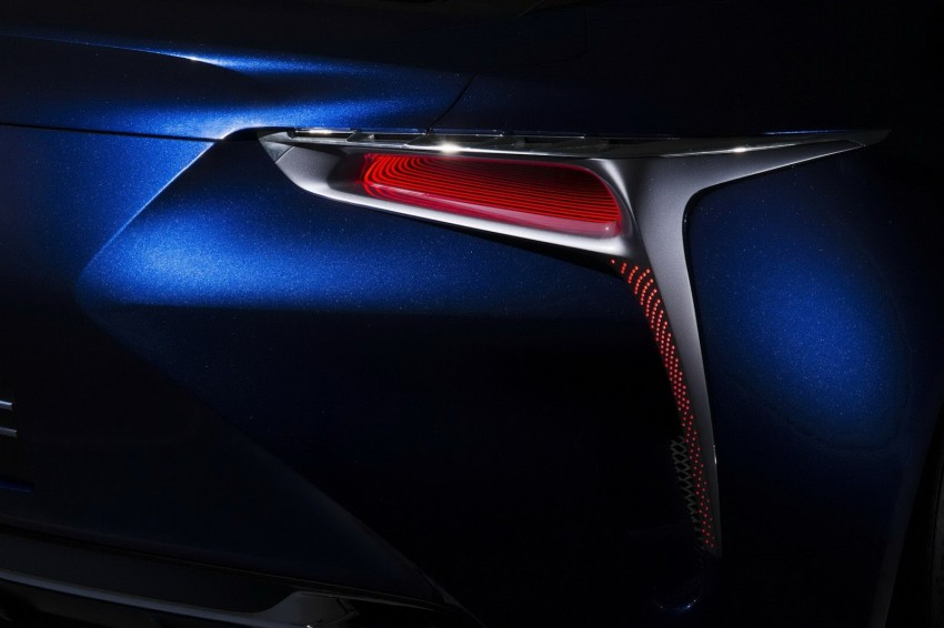 Lexus LF-LC Blue Concept looking great in Sydney Image #136816