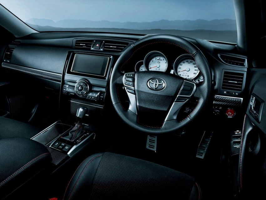 Second-gen Toyota Mark X gets aggressive facelift Image #127534