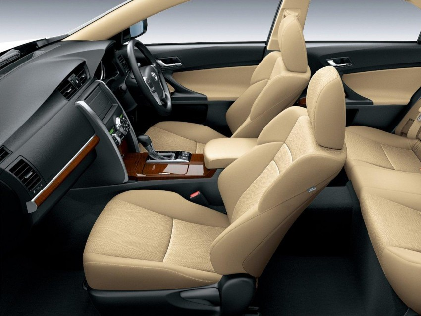 Second-gen Toyota Mark X gets aggressive facelift Image #127538