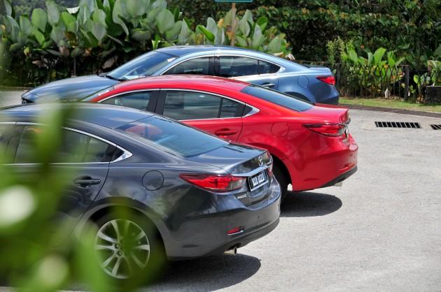 Mazda6_groupback