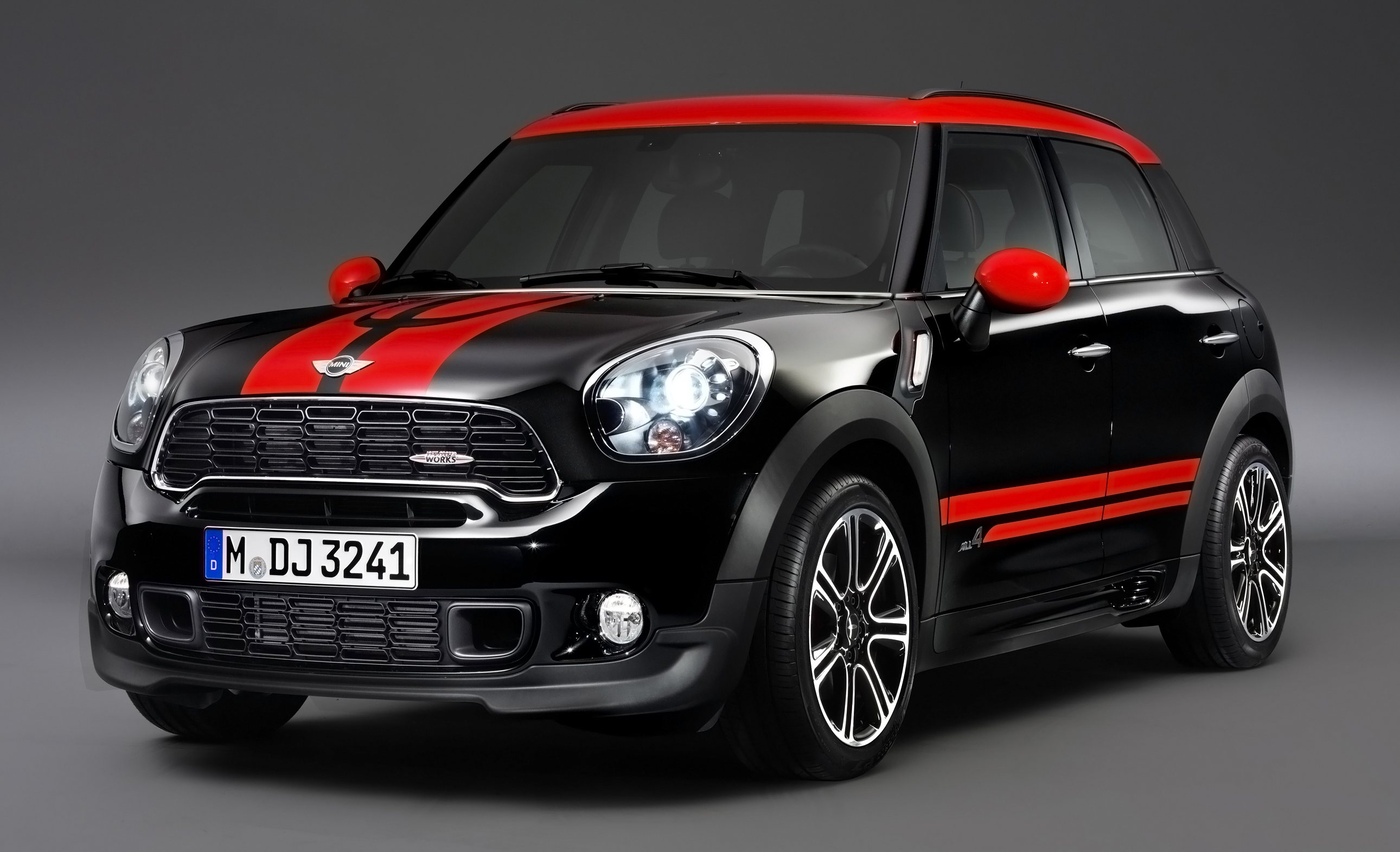mini john cooper works countryman makes it number six. Black Bedroom Furniture Sets. Home Design Ideas