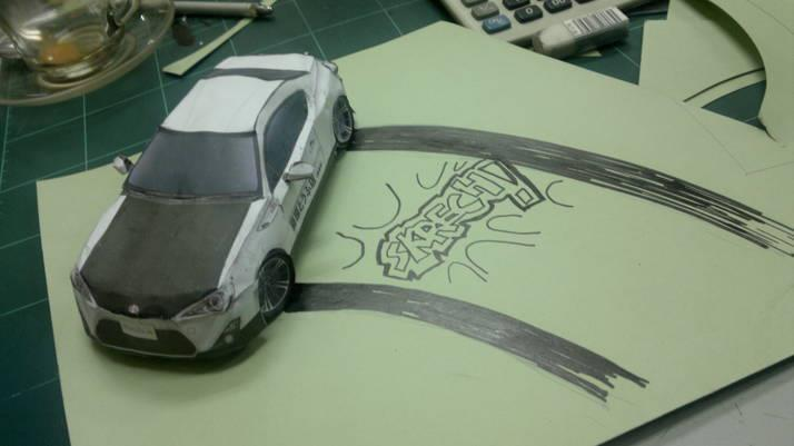 Toyota 86 assembled. Photo taken. Prize will be won. Image #104272