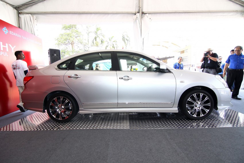 Nissan Sylphy and Livina X-Gear Tuned by Impul unveiled at Super GT Round 3 in SIC Image #112028
