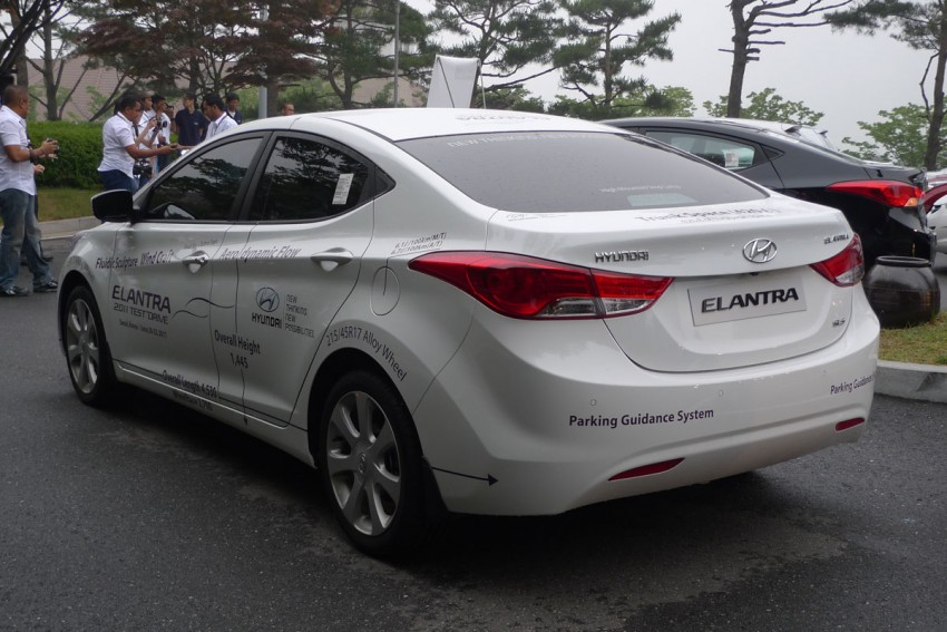 DRIVEN: Hyundai Elantra MD tested in Korea! Image #96890