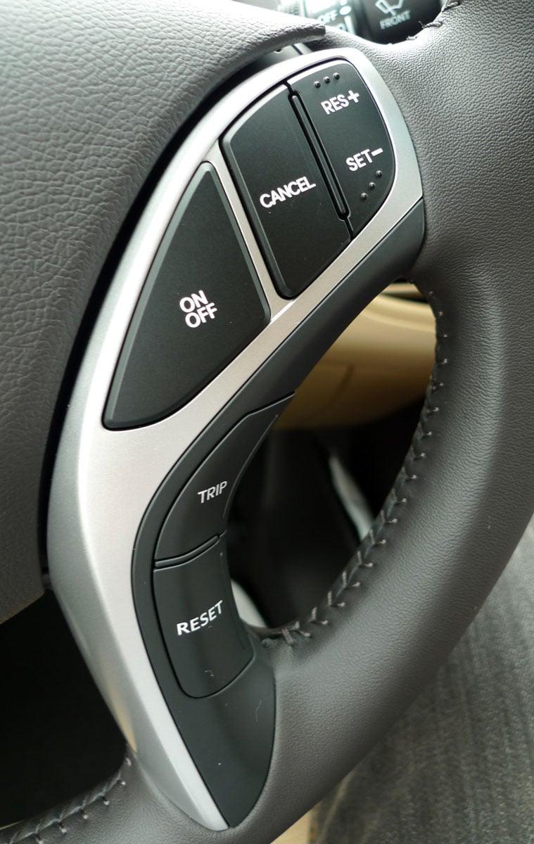 DRIVEN: Hyundai Elantra MD tested in Korea! Image #96906