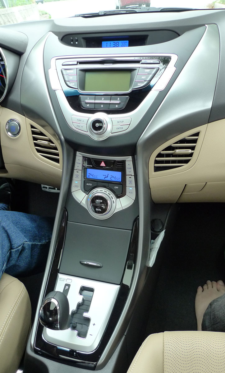 DRIVEN: Hyundai Elantra MD tested in Korea! Image #96926