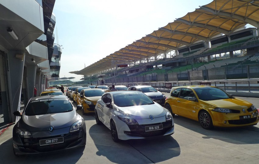 Megane RS 250 shines at exclusive Renault Sport trackday Image #76549