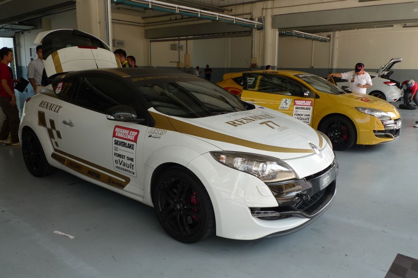 Megane RS 250 shines at exclusive Renault Sport trackday Image #76568