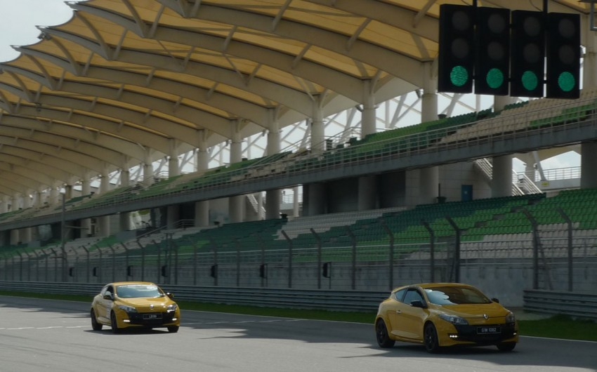 Megane RS 250 shines at exclusive Renault Sport trackday Image #76570